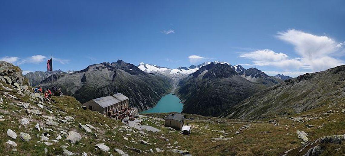 Panorama Schlegeisspeicher best hikes in Wildschönau