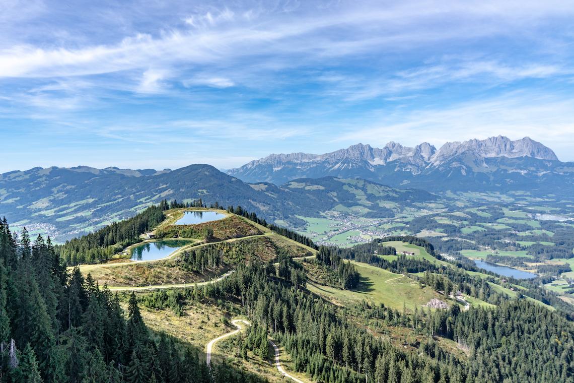 Hahnenkamm mountain view