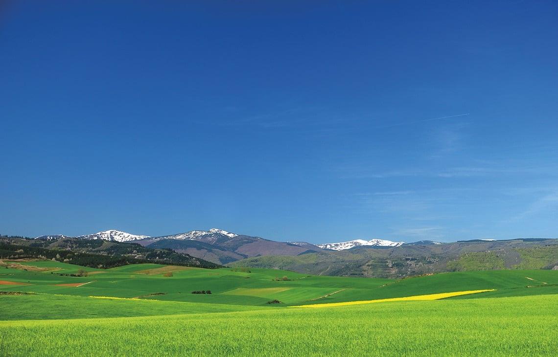 Mountains and views on the Camino de Santiago