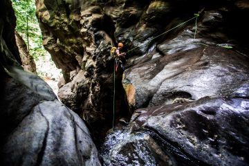canyoning adventure in the Azores