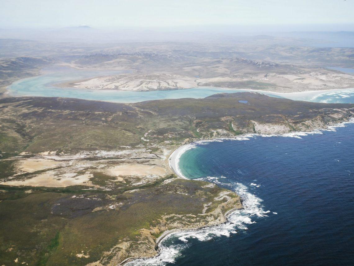 Helicopter tour Falklands