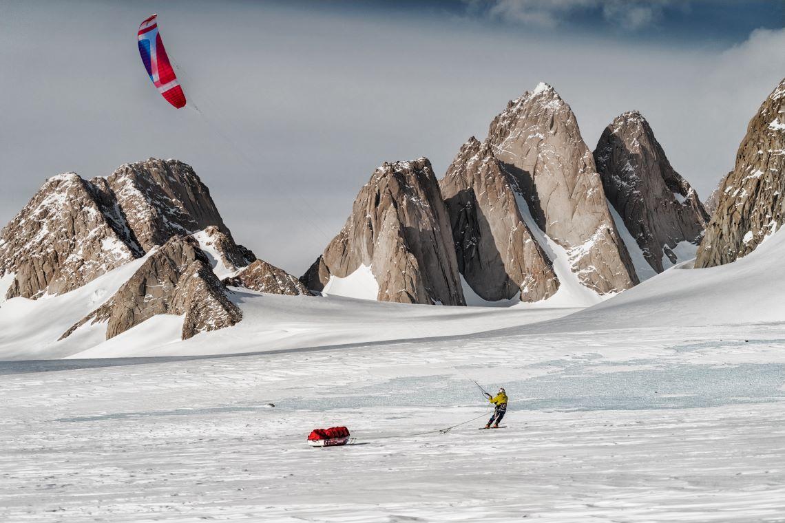 Leo-Houlding-Antartica-Spectre