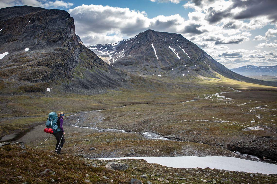 Scandinavia-arctic-norway-ice-valley-isdalen